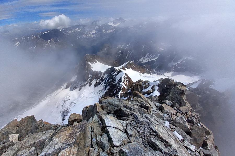 La cresta vista da Bbivacco Rauzi - Foto @Eva Toschi